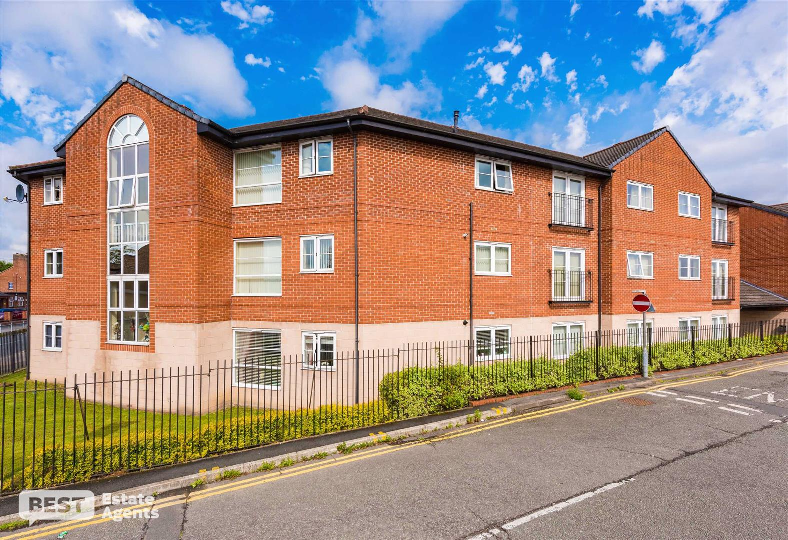 Walmsley Court, Leigh, Greater Manchester BEST Estate Agents